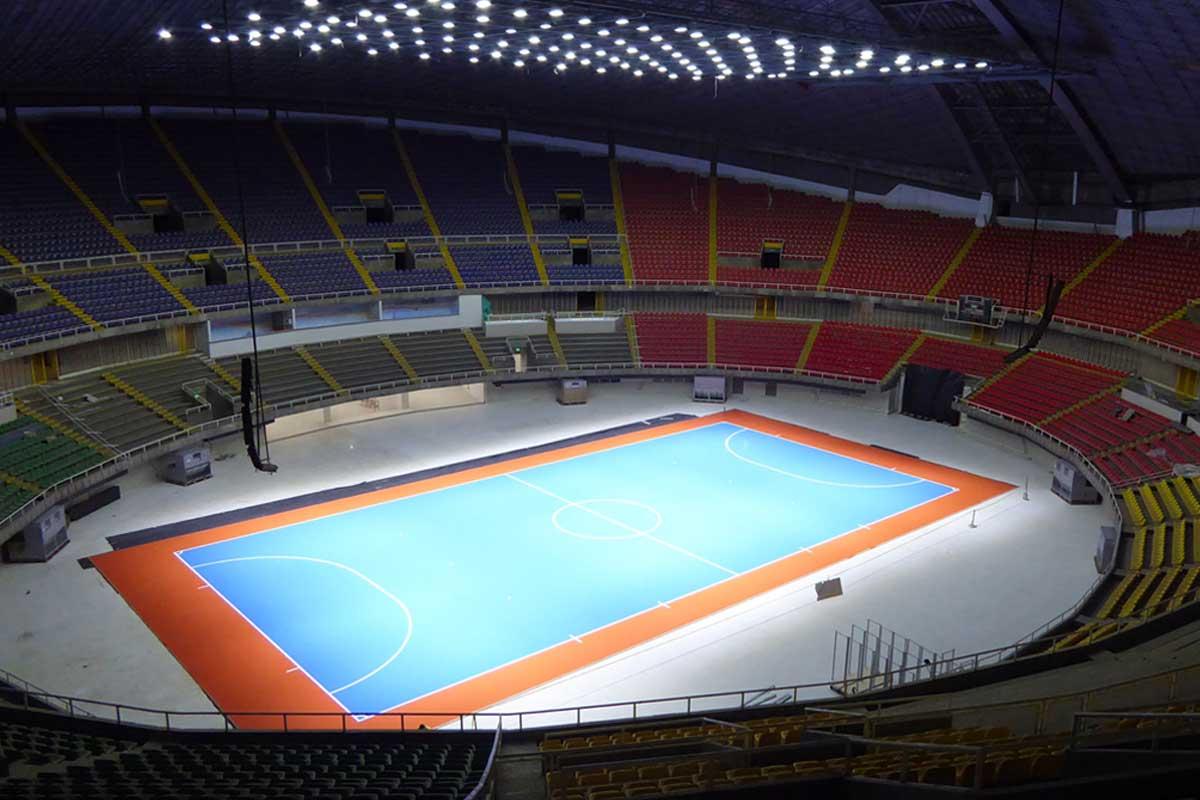 Sports floors maisons et parquets kitchen design for Riva laminate flooring