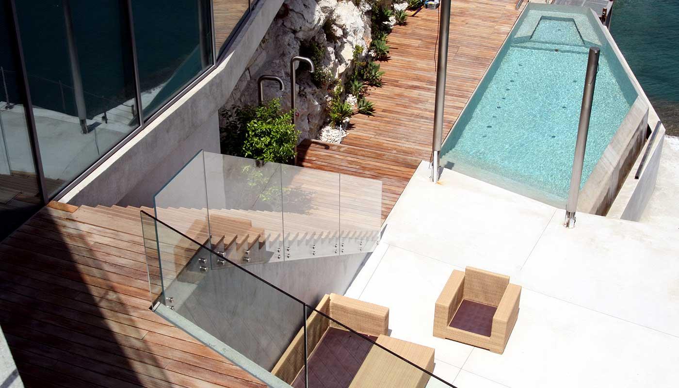 Residence maisons et parquets kitchen design for Riva laminate flooring