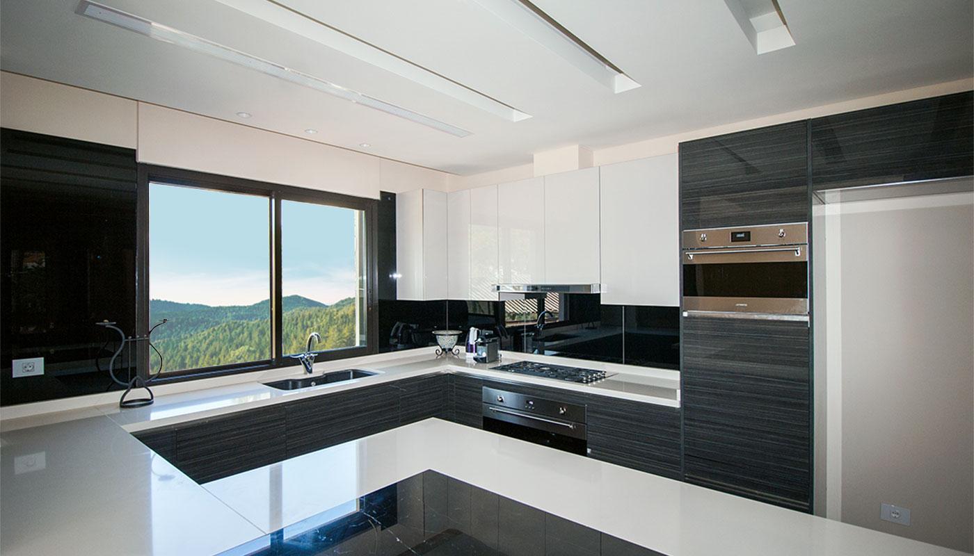 Private Villa - Modern Kitchen - Maisons et Parquets | Kitchen ...