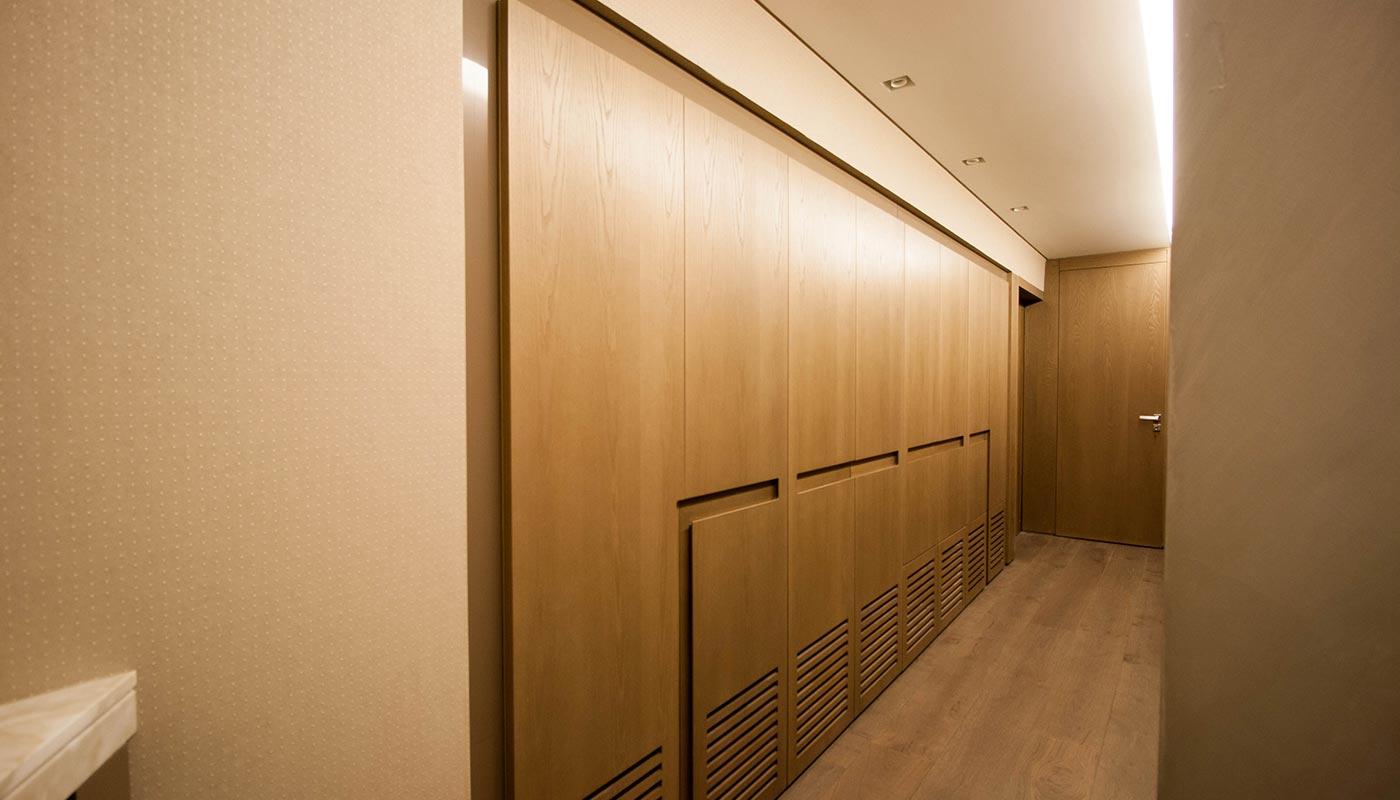 Bookshelf maisons et parquets kitchen design for Riva laminate flooring